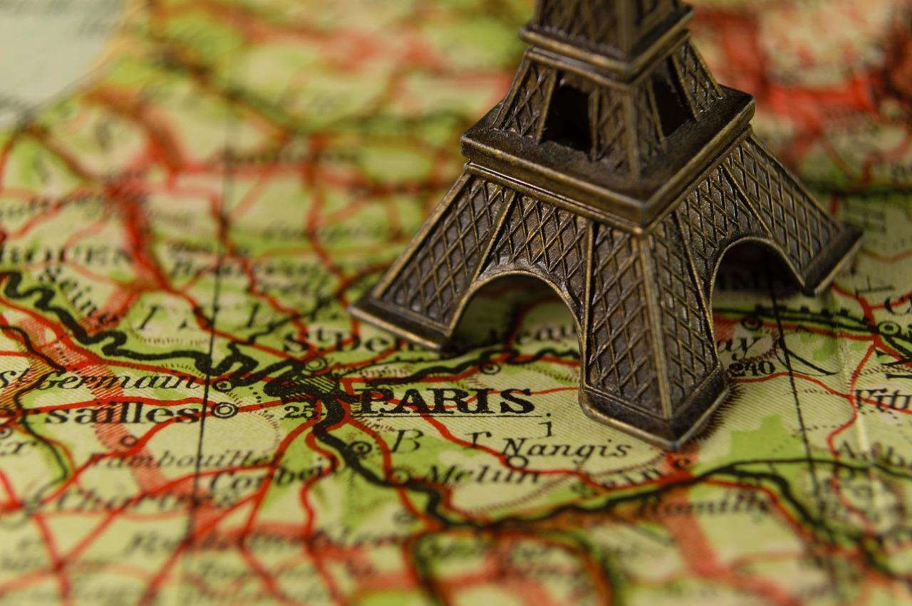 France map Eiffel Tower